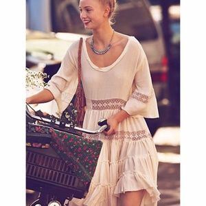 FREE PEOPLE Cream Daisy Lace Crochet Tiered Dress